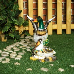 Садовая фигура утка